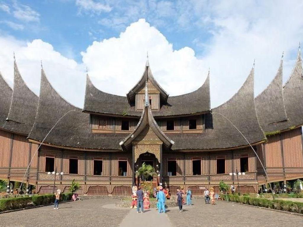Saat Raja-raja Nusantara Kumpul Bareng di Tanah Minang