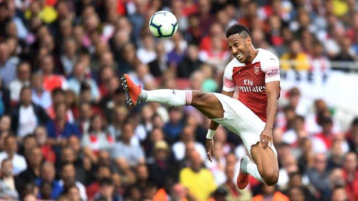 Striker Arsenal Pierre-Emerick Aubameyang sedang on fire. (Foto: Michael Regan/Getty Images)