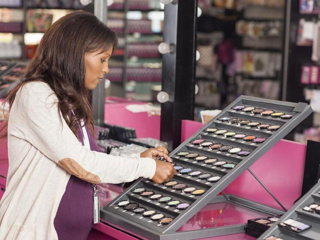 Produk Kosmetik Korsel dan Obat Tradisional China Gempur RI