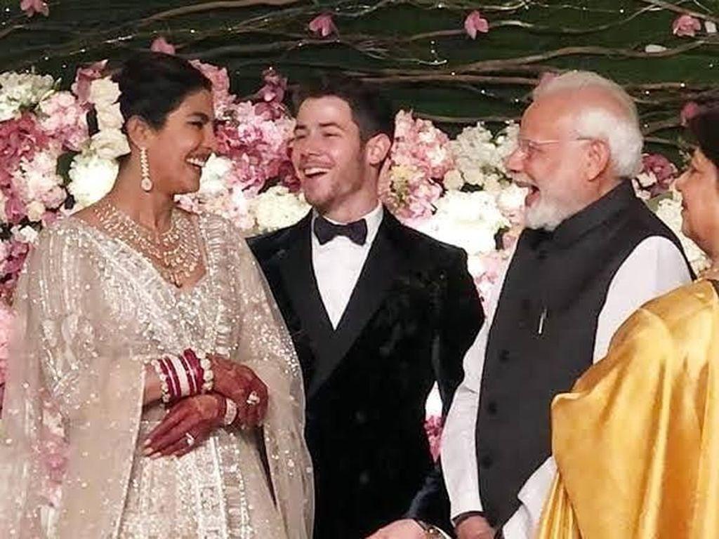 Bahagianya Priyanka Chopra dan Nick Jonas Pernikahannya Dihadiri PM India