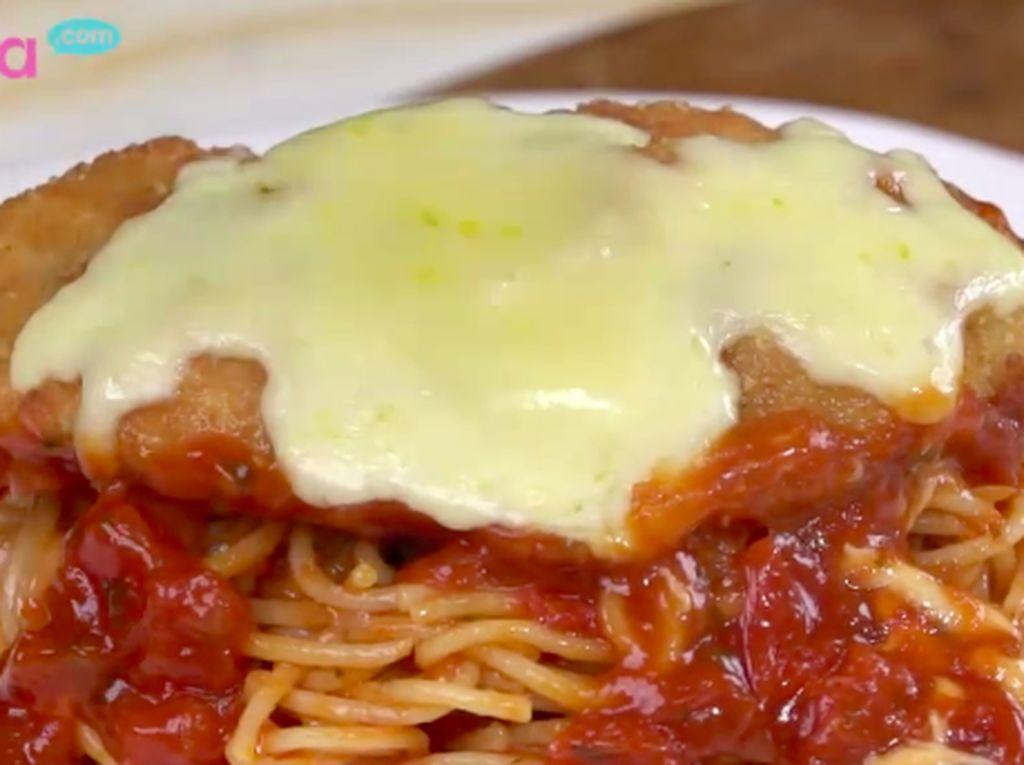 Resep Klasik Chicken Parmesan, Paduan Lezat Olahan Ayam dan Keju