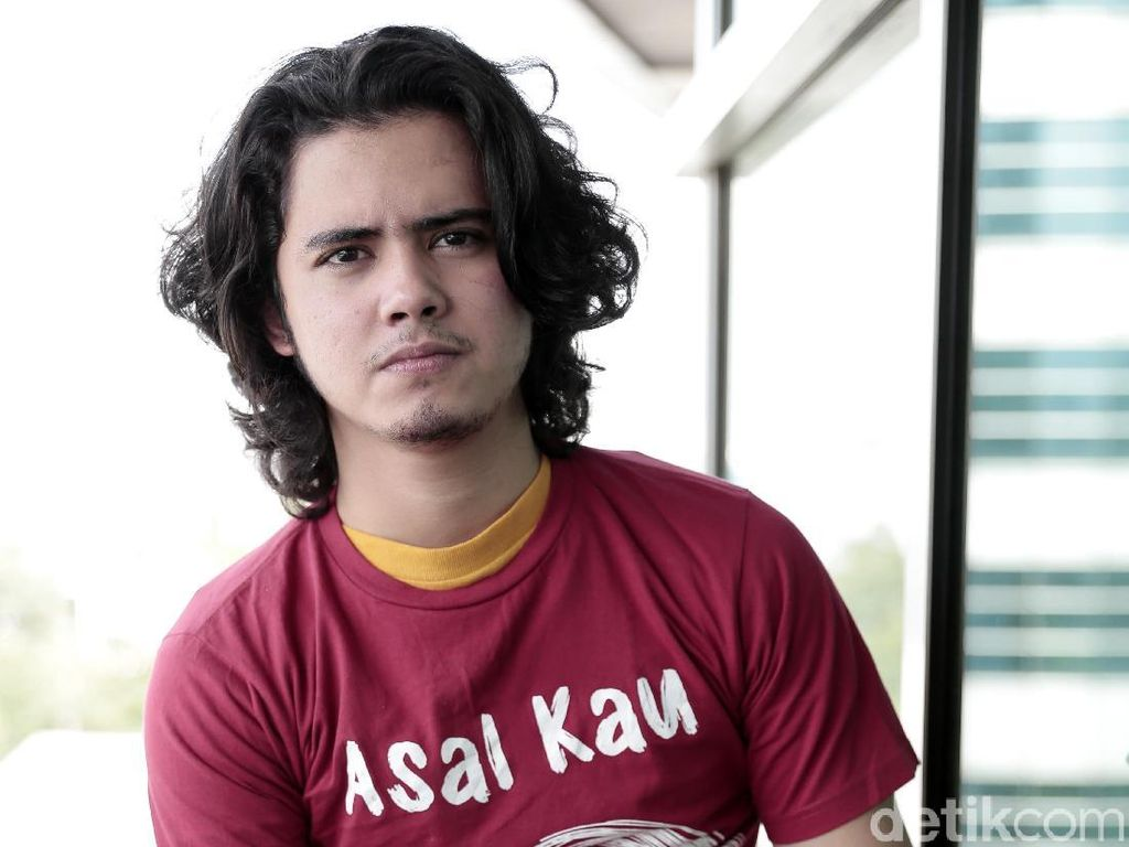 7 Perjalanan Karier Aliando Syarief hingga Jadi Dono Warkop