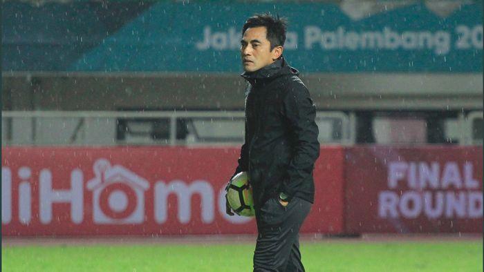 Seto Nurdiyantoro, pelatih PSS Sleman diperiksa Satgas Anti Mafia Bola selama delapan jam. (dok. PSS Sleman)