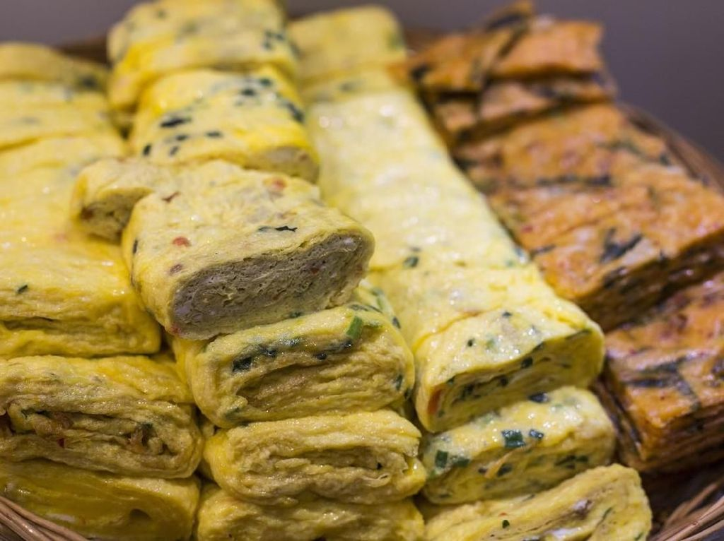 Chef Jepang Ini Beberkan Tips Mudah Bikin Omelet Jepang yang Sempurna