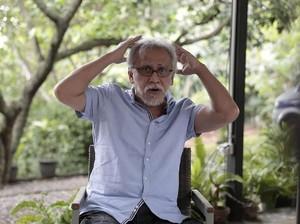 Geram dengan Korupsi yang Belum Dituntaskan KPK, Iwan Fals pun Bernyanyi