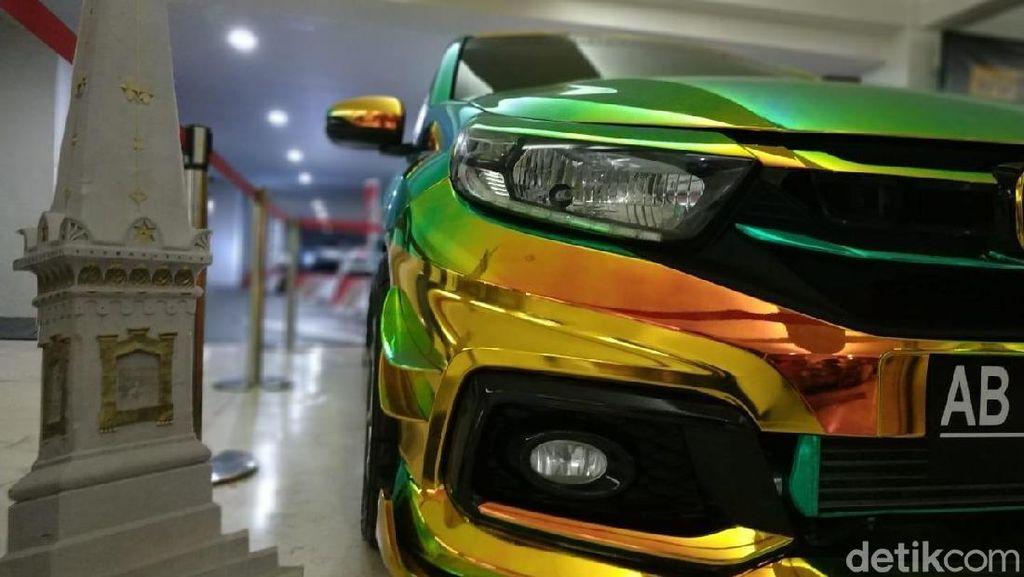 Honda Mobilio Bunglon Emas Ini Dilihat Boleh, Disentuh Jangan