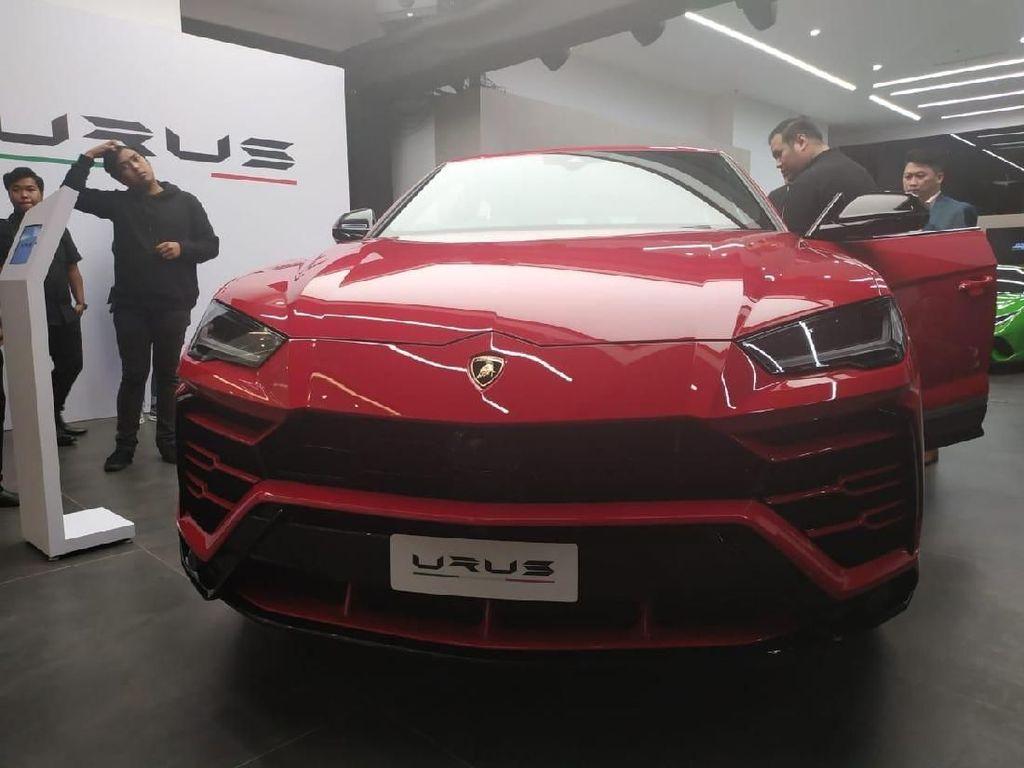 Mau Beli Lamborghini Urus? Ini Angka Konsumsi BBM-nya