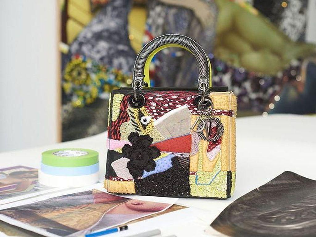 Dior Gandeng 11 Seniman Wanita Buat Tas Unik, Dijual Mulai Rp 70 Juta