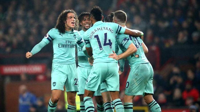Arsenal tampil ganas di babak kedua (Clive Brunskill/Getty Images)