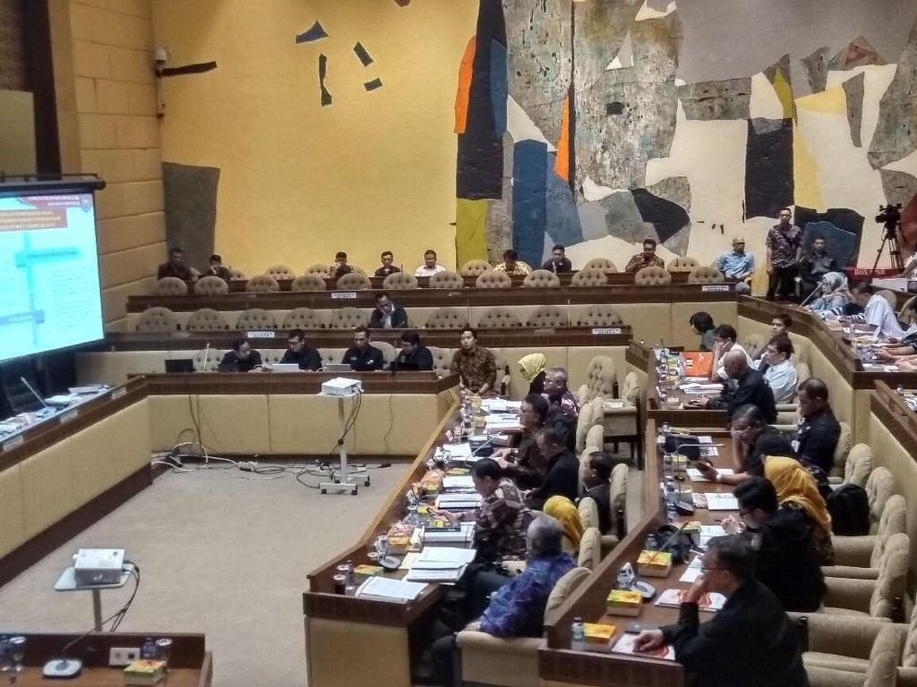 Komisi II Rapat Bahas Persiapan Pemilu dengan Mendagri-KPU-Bawaslu