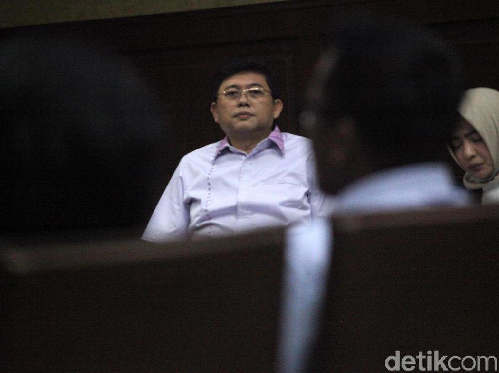 Jaksa Putar Sadapan di Sidang Lucas, Ada Soal Lobi Jaksa Lobi Hakim
