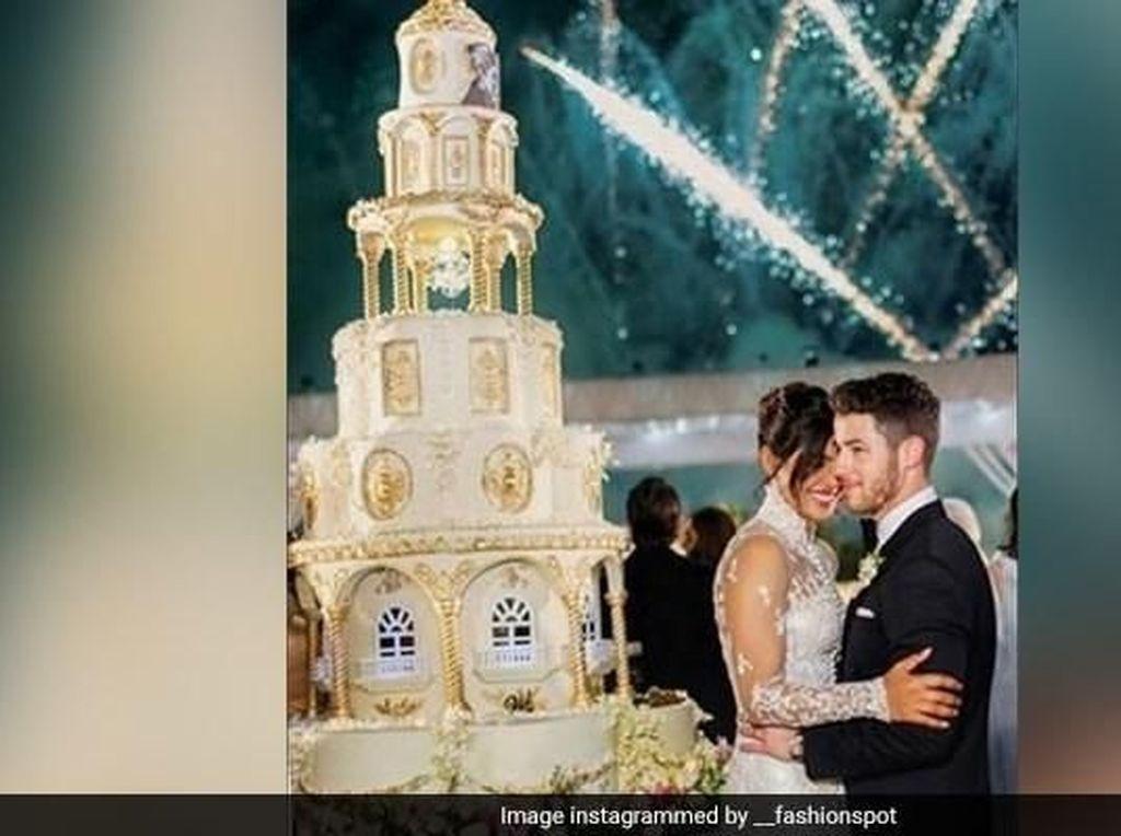 Mewah! Ini Dia Kue Pengantin Priyanka Chopra dan Nick Jonas