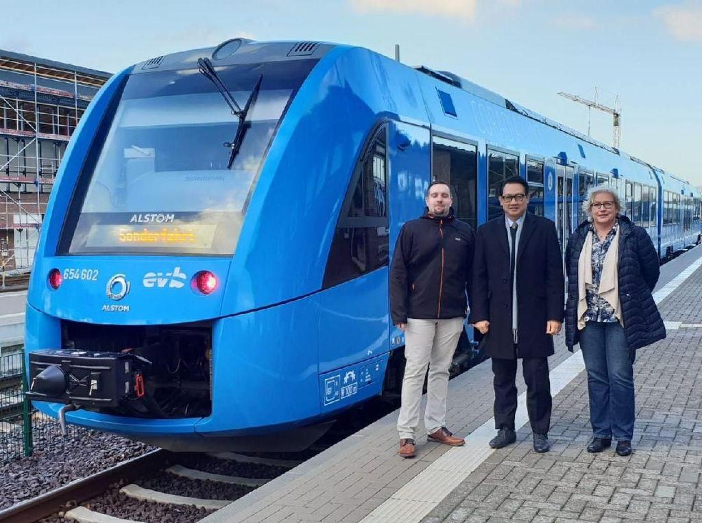 Canggihnya Kereta Bebas Polusi Buatan Jerman