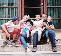 Enno Lerian dan keluarga