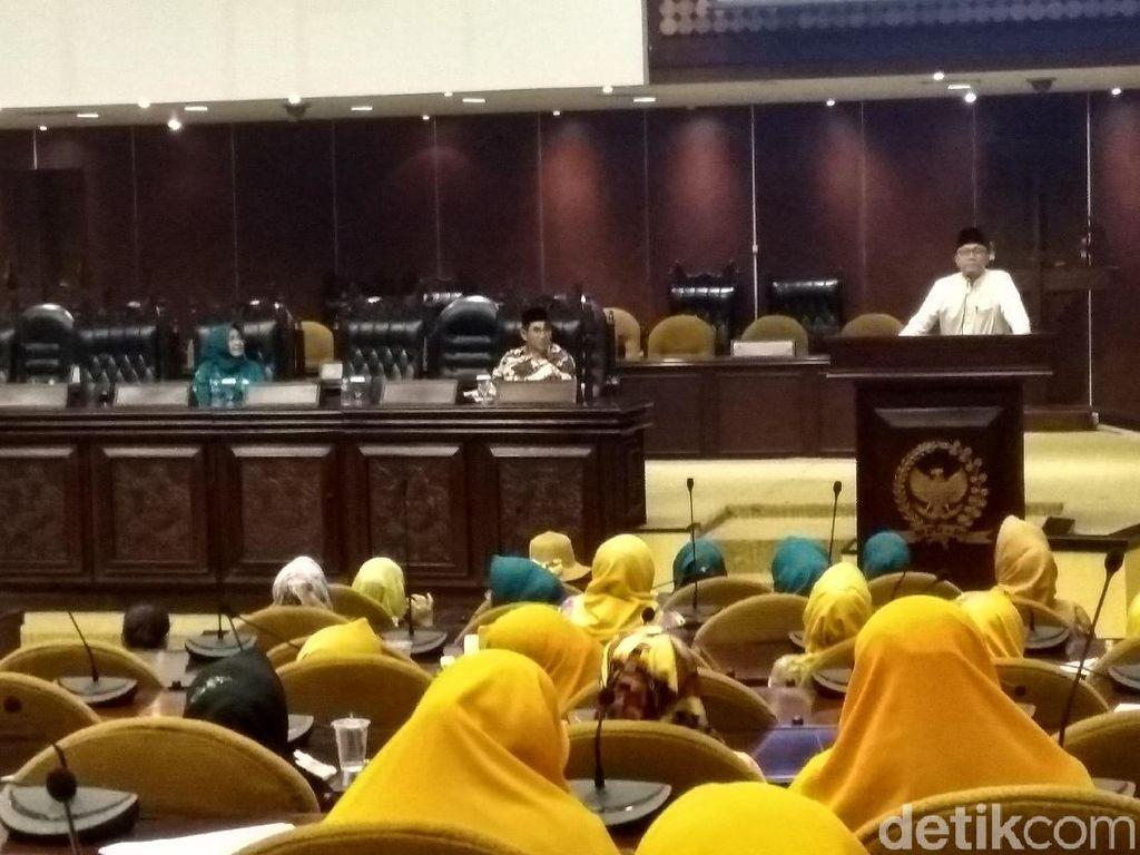 Di Acara Ormas, Ketua MPR Bicara Harga Kebutuhan Naik