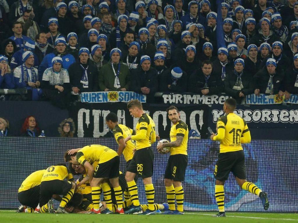 Hasil Liga Jerman: Borussia Dortmund Kalahkan Schalke 2-1 di Revierderby