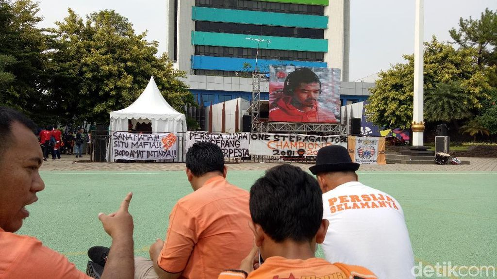 Persija Ladeni Mitra Kukar, Kemenpora Sediakan Giant Screen