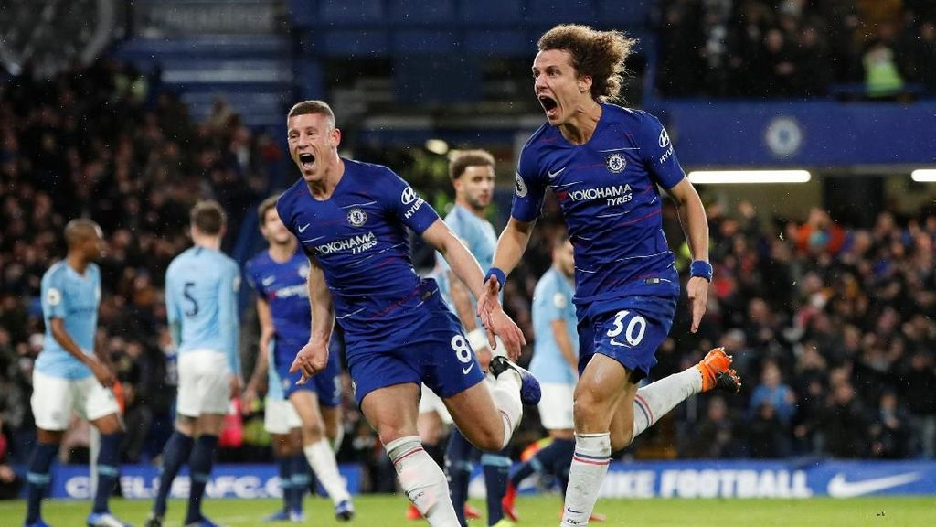 Chelsea Tumbangkan Manchester City 2-0