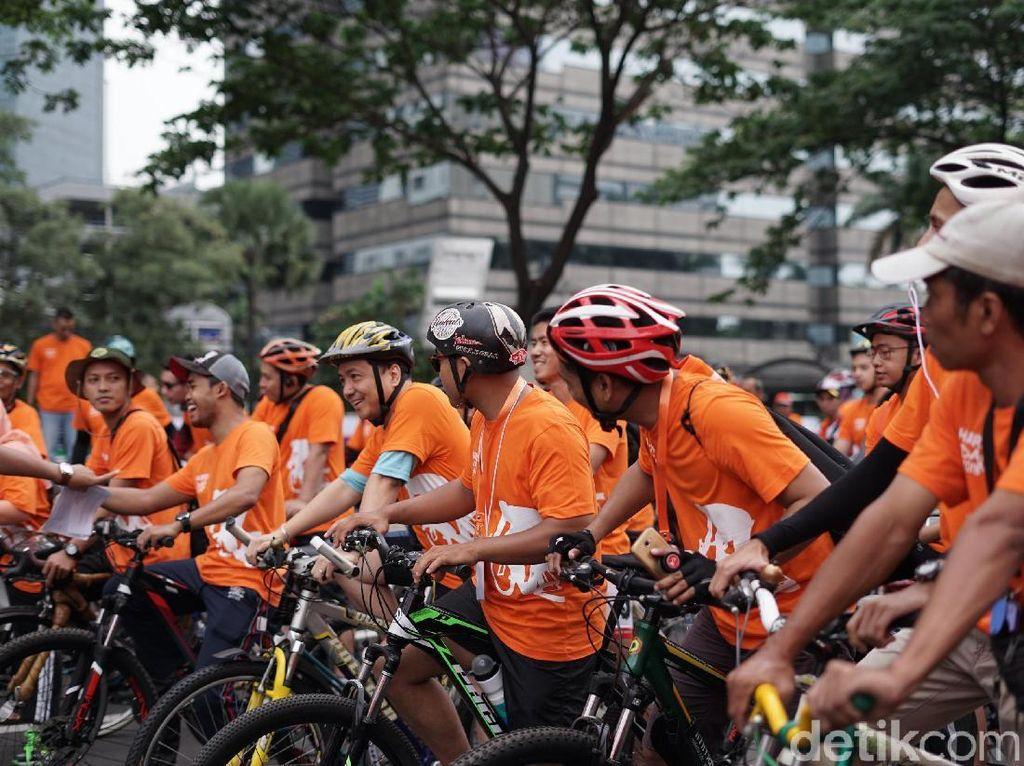 Keseruan Gowes Sepeda di Harris Day Fun Bike 2018