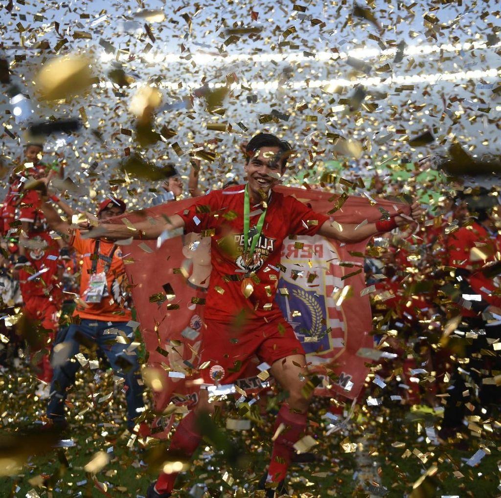 Rezaldi Persembahkan Juara Liga 1 untuk The Jakmania
