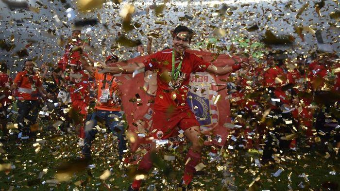 Rezaldi Hehanussa harus menepi hingga putaran pertama Liga 1 2019 habus. (Akbar Nugroho Gumay/Antara)