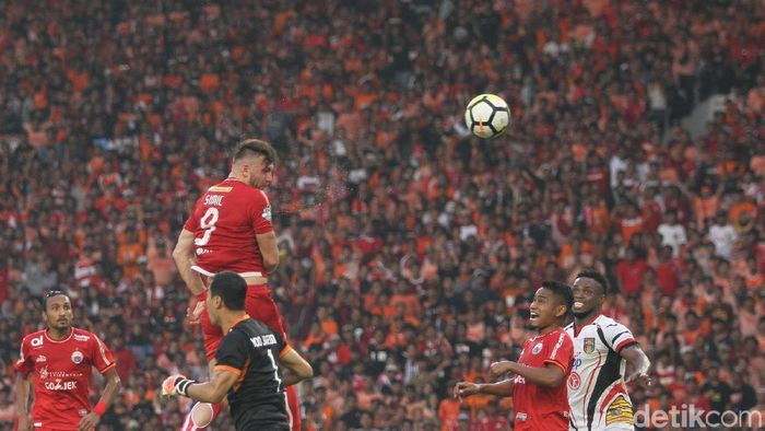 Pertandingan Persija Jakarta dengan Mitra Kukar di Liga 1 2018 dicurigai suap. (Rifkianto Nugroho/detikSport)