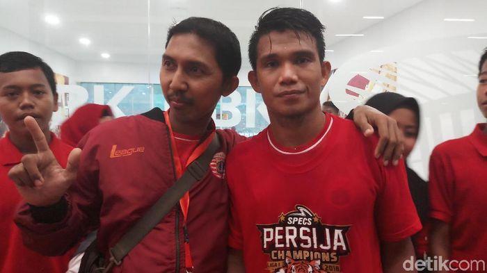 Sandi Darma Sute punya nazar botak dan mengundang anak yatim sebelum Persija Jakarta mengunci titel juara (Yanu Arifin/detikSport)
