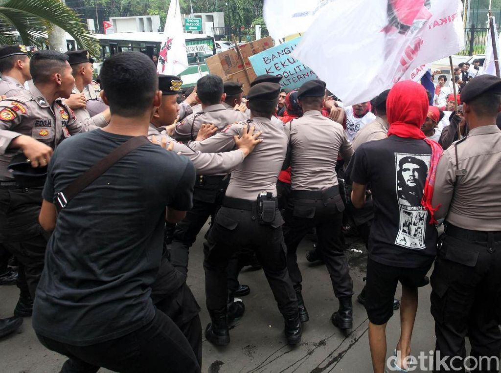 Unjuk Rasa di Sulbar Ricuh, Sejumlah Provokator Diamankan