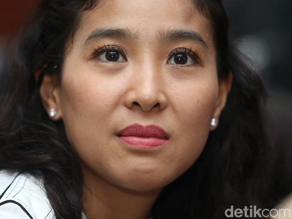 Olivia Zalianty Pilih Teladani Soekarno Ketimbang Main TikTok