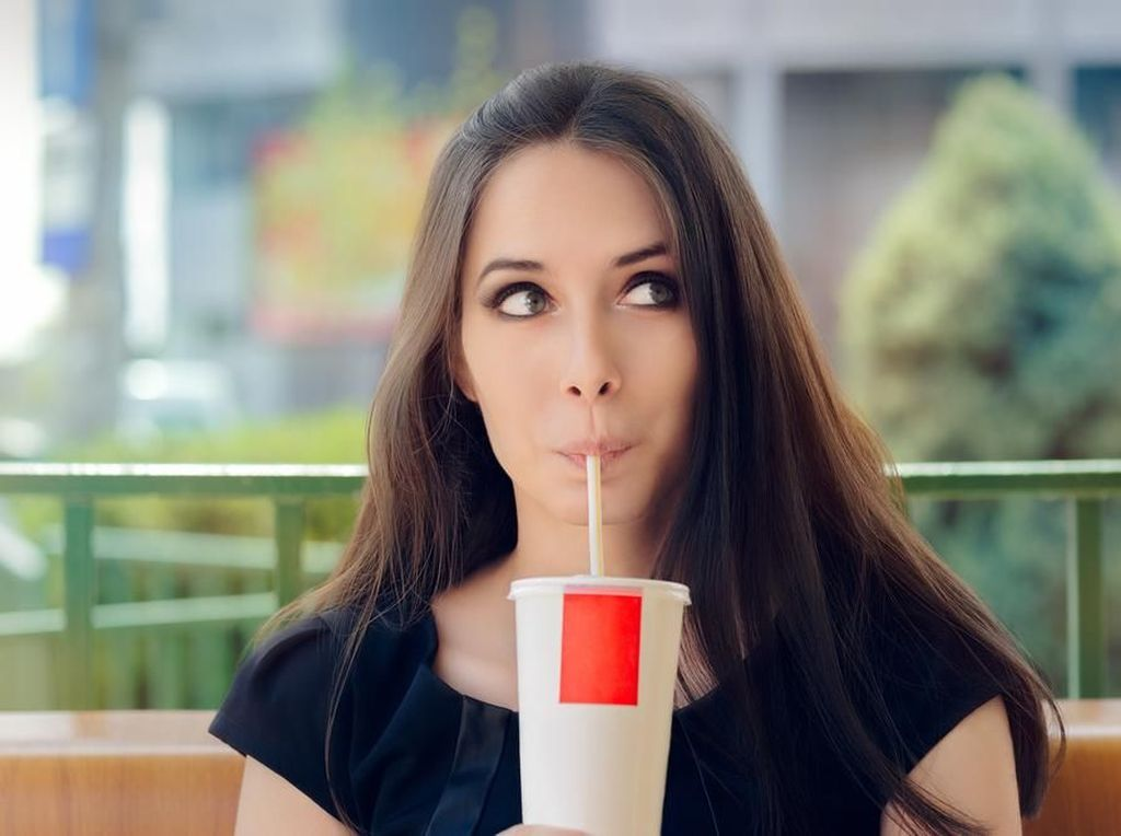 Lawan Diabetes, Singapura akan Larang Iklan Minuman-minuman Manis