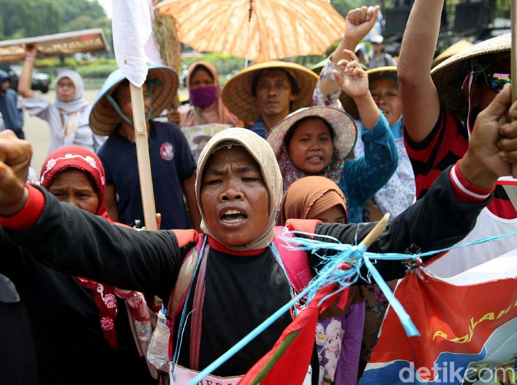 Jokowi Didemo Soal Kriminalisasi Pejuang Lingkungan