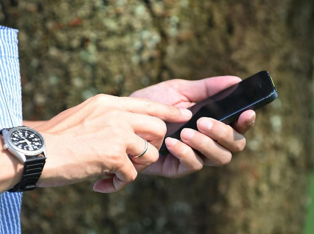 10 Smartphone Android Terkencang Sepanjang Maret 2019