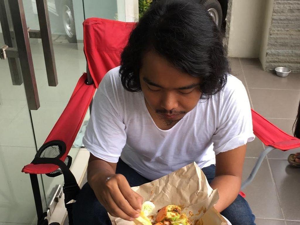 Komika Kocak Dodit Mulyanto yang Suka Ngerujak dan Ngopi