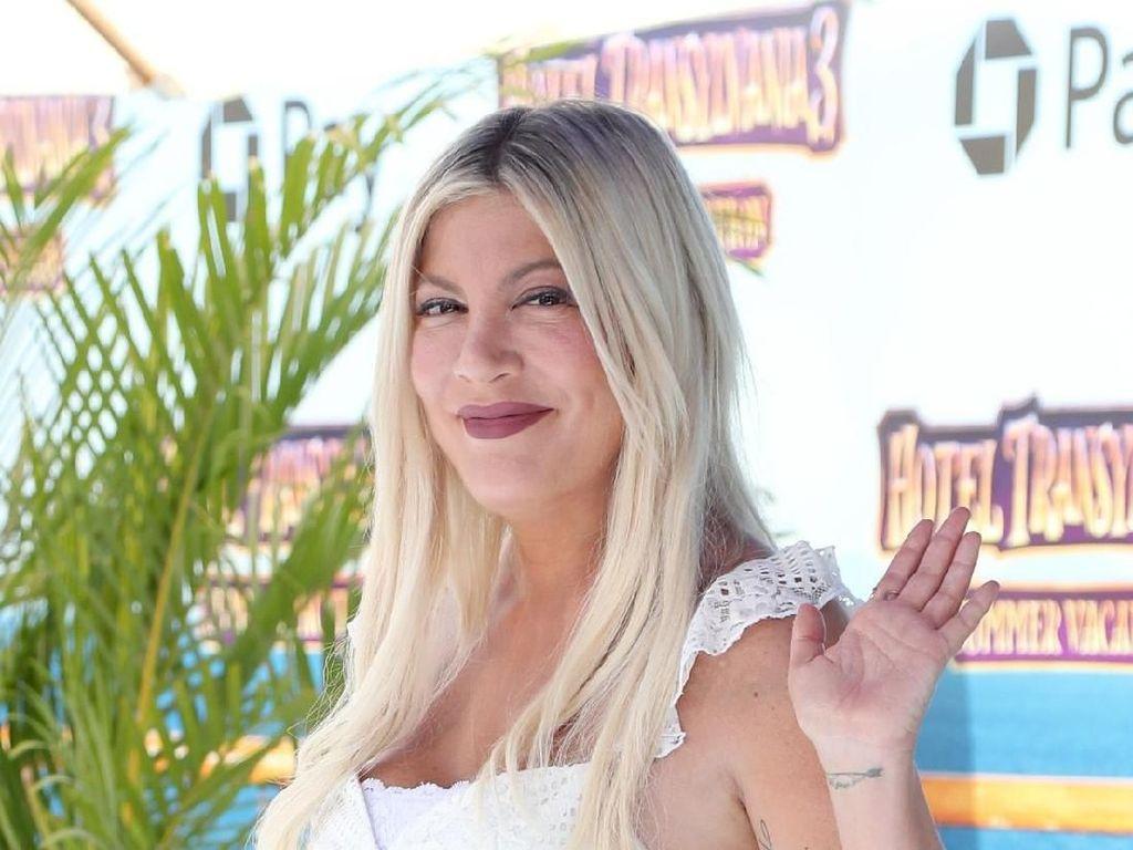 Bintang Beverly Hills Tori Spelling Dikejar Utang Kartu Kredit Rp 1,4 M