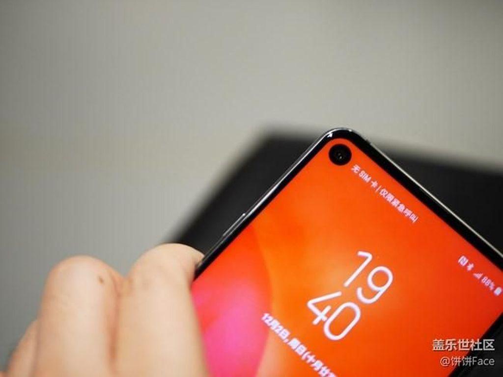 Harga Galaxy A8s Akhirnya Terungkap