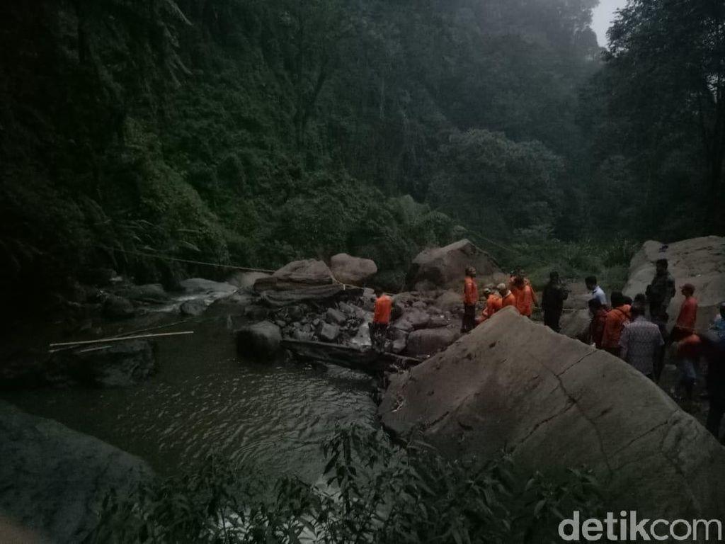 Pencarian 3 Pelajar SD yang Hilang di Coban Talun Distop Sementara