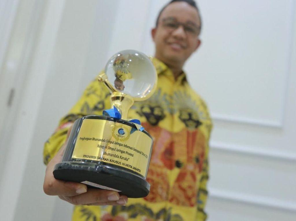 Pemprov DKI Jakarta Raih Penghargaan Bhumandala Kanaka