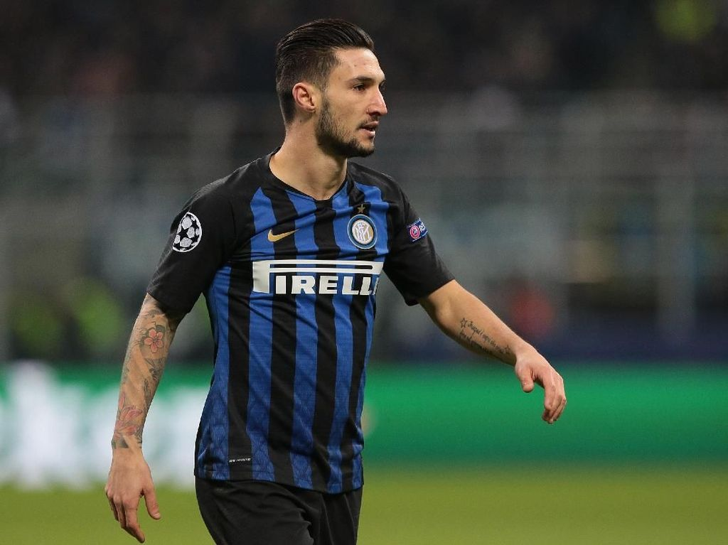 Inter Permanenkan Politano
