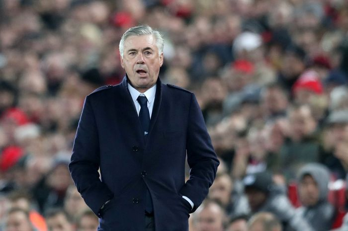 Soccer Football - Champions League - Group Stage - Group C - Liverpool v Napoli - Anfield, Liverpool, Britain - December 11, 2018  Napoli coach Carlo Ancelotti looks on  REUTERS/Jon Super