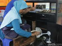 Serabi 'Mbah Toer' Asli Wonosobo Ini Sudah Dikenal Sejak 80 Tahun Lalu
