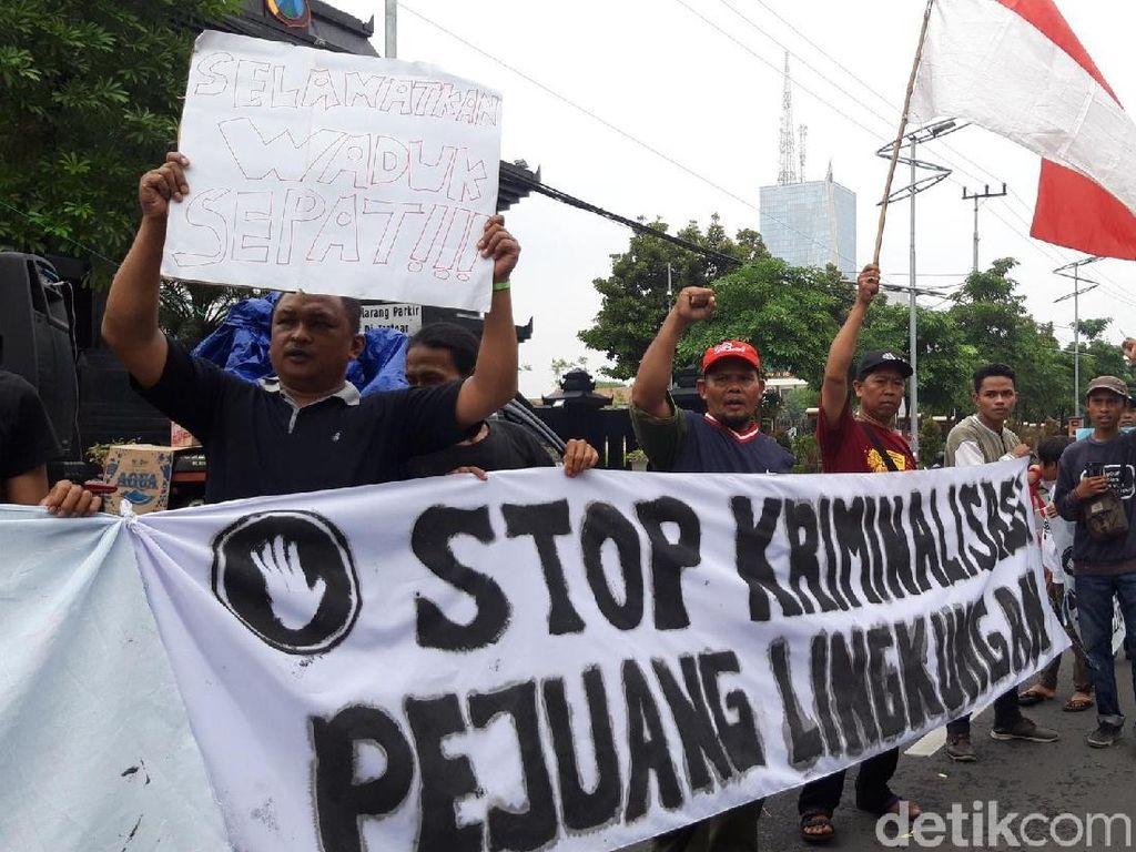 Warga Waduk Sepat Demo, Minta Polisi Tak Lakukan Kriminalisasi