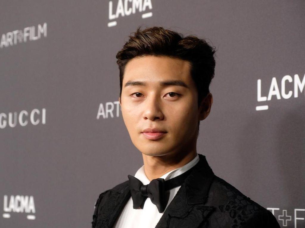 Aktor Korea Park Seo Joon Sumbang Rp 1 M untuk Pengobatan Virus Corona