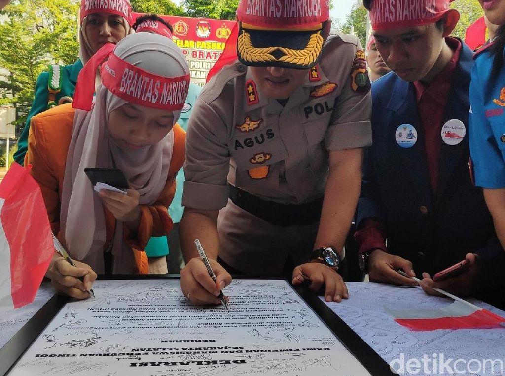 Mahasiswa dan Rektor Se-Jaksel Deklarasi Berantas Narkoba