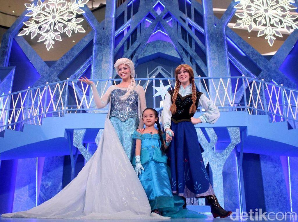 Dicari Baby Sitter yang Mau Dandan Jadi Putri Disney, Bayarannya Rp 700 Juta