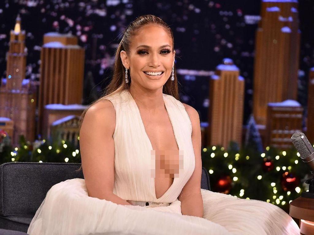 Ben Affleck Puji Mantan Tunangannya, Jennifer Lopez, Layak Masuk Oscar