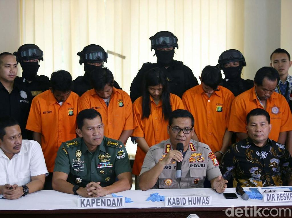 Polisi Gelar Rekonstruksi Pengeroyokan Anggota TNI di Ciracas