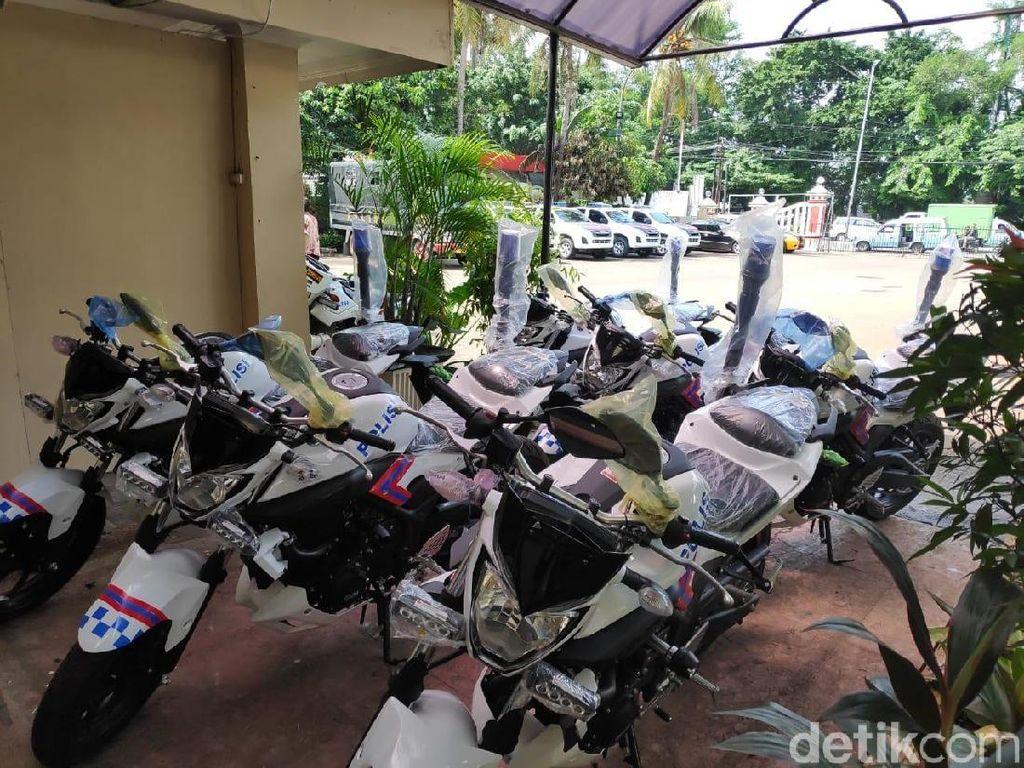 Foto: Mobil-Motor Patroli Gres Polsek Ciracas Pasca Penyerangan