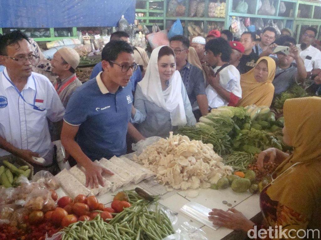 Sandi Tanya Lawan Jokowi di Pilpres, Pedagang Ini Jawab Tak Tahu