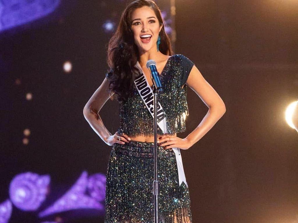 Cantiknya Penampilan Sonia Fergina Selama Babak Penjurian Miss Universe 2018