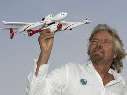 Richard Branson, Miliarder yang Salip Jeff Bezos ke Antariksa